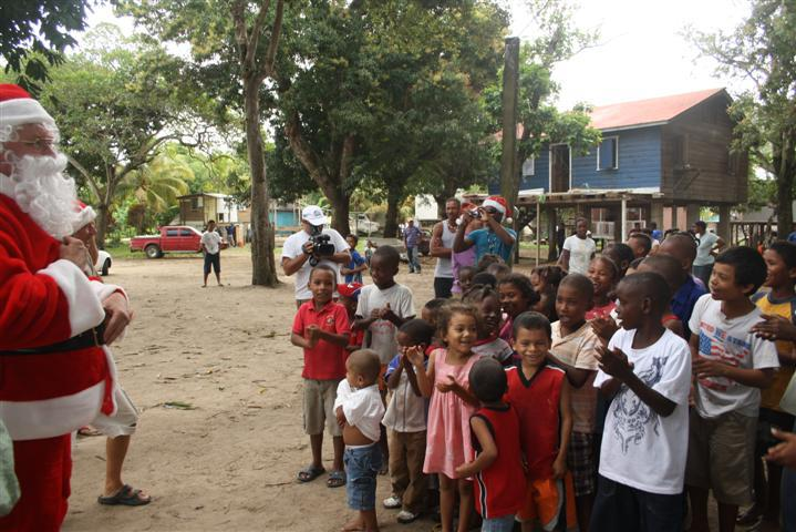 Roatan Charities: Bringing Donations to Roatan